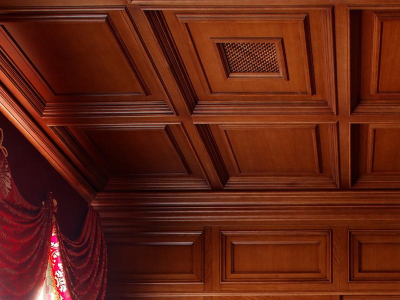 кессонный потолок из дерева